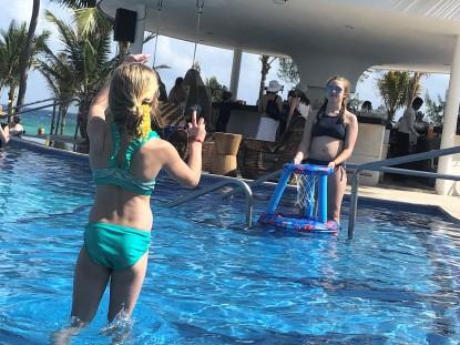 3.10.18 Playa_Pool Basketball-gymnstics (3)