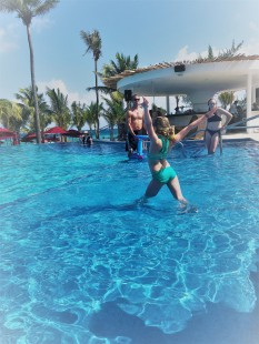 3.10.18 Playa_Pool Basketball-gymnstics (6)