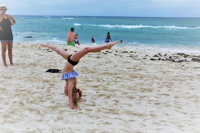 3.13.18 Playa_Azul Fives_Beach Fun (13)