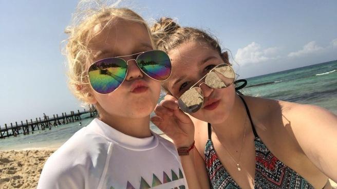 3.13.18 Playa_Azul Fives_Beach Fun (4)