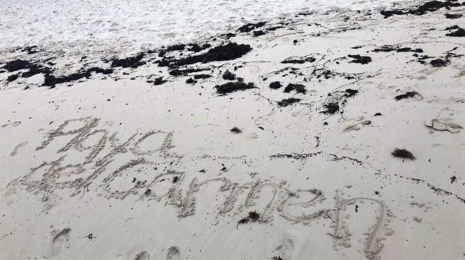 3.13.18 Playa_Azul Fives_Beach Walk.JPG
