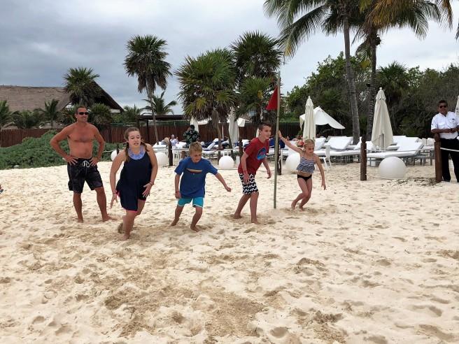 3.13.18 Playa_Beach Walk Race (3)
