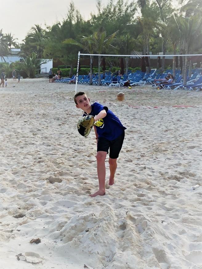 3.13.18 Playa_Jake Beach Pitching Practice (5)