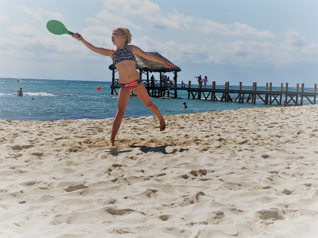 3.15.18 Playa_Azul Fives_Reece beach paddle ball (1)