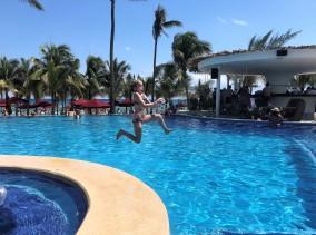 3.15.18 Playa_Azul Fives_Reece Pool Fun (3)