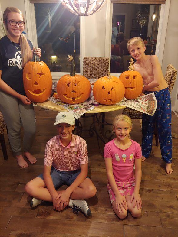 10.28.18 Pumpkin Carving! (1).jpg