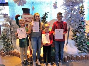 11.24.18 kids tree decorating & Santa (6)