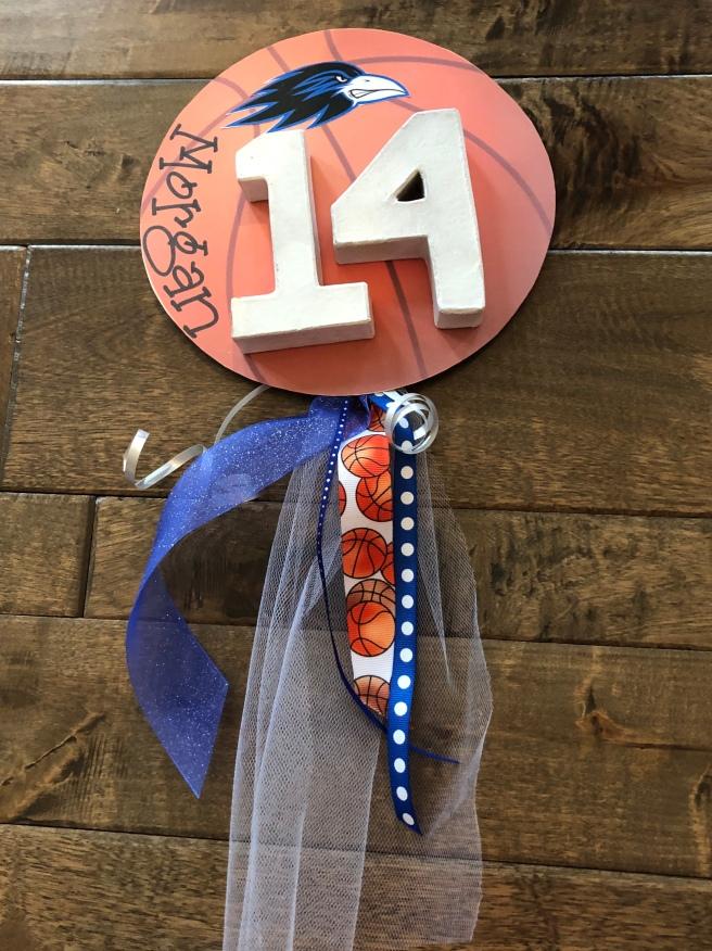 12.13.18 ONW BB Locker Decorations (2)